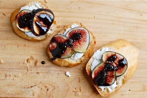 fig-toasts